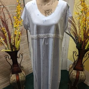 Aria Size Large Night Gown Floral Print